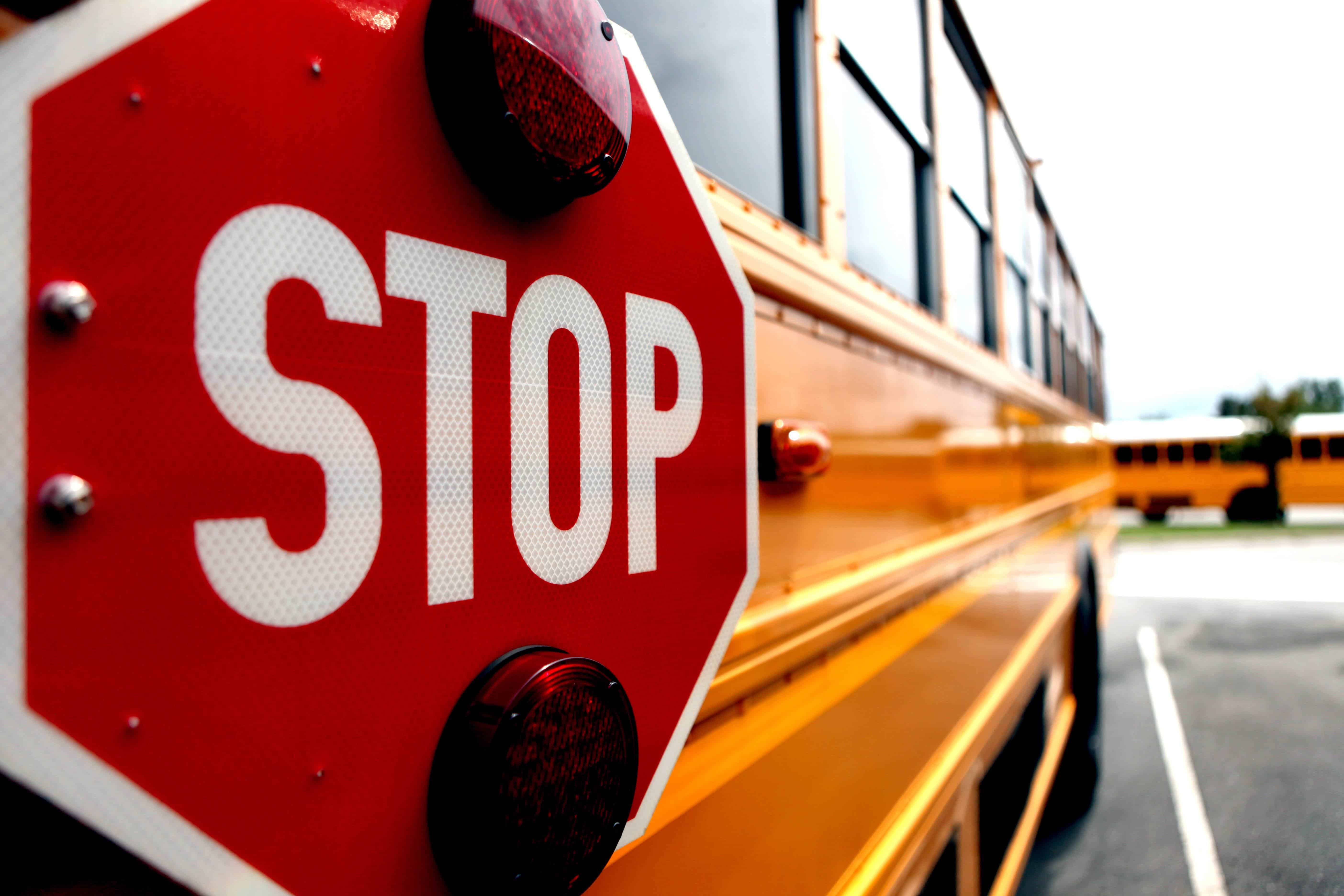 6 Rules for Approaching a Stopped School Bus +Video